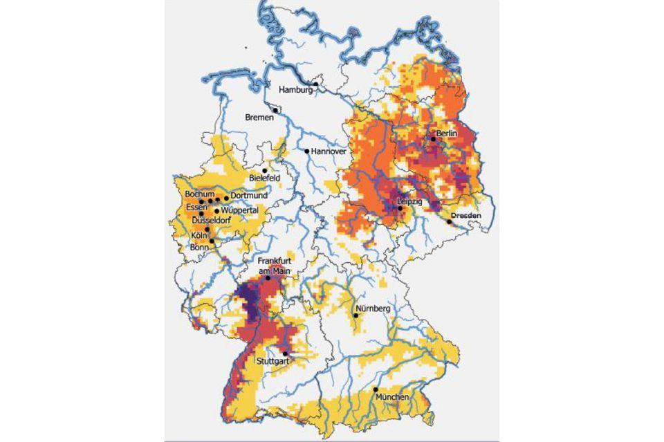 Die Karte zeigt Regionen in Deutschland, die bis Mitte des Jahrhunderts von besonders vielen klimatischen Extremen betroffen sein könnten