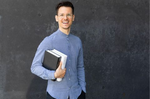 Vegan first: Der gelernte Koch Niko Rittenau ist Ernährungswissenschaftler, Buchautor, Hochschuldozent, Seminarleiter und Speaker