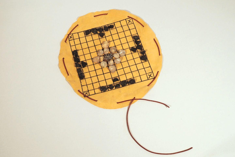 Spielanleitung: Hnefatafl - Das Lieblingsspiel der Wikinger