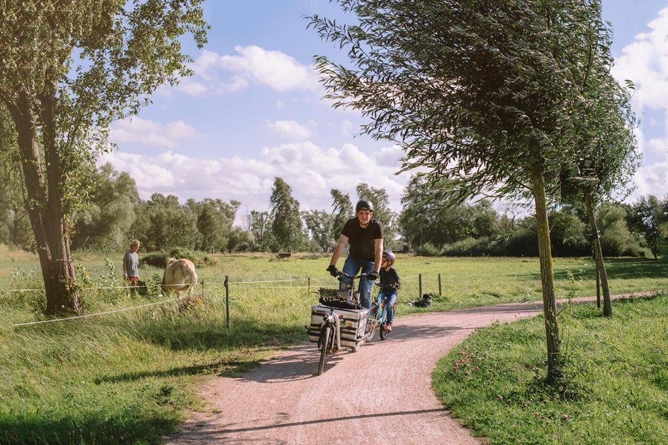 Bodden Tour Miron Tenenberg und Tochter Golda; © Madlen Krippendorf