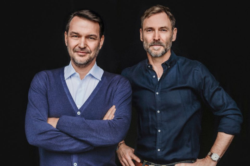 Unser Versprechen: Die beiden Chefredakteure Jens Schröder (li.) und Markus Wolff