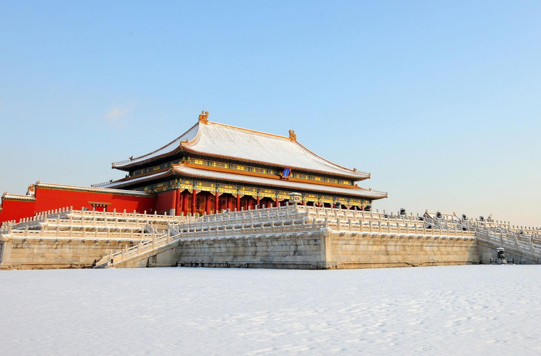Schneebedecktes Dach in der verbotenen Stadt, China