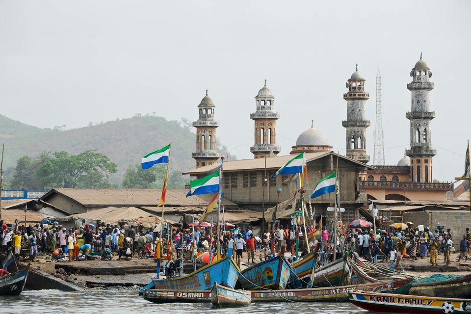 Fischerhafen von Tombo, Sierra Leone