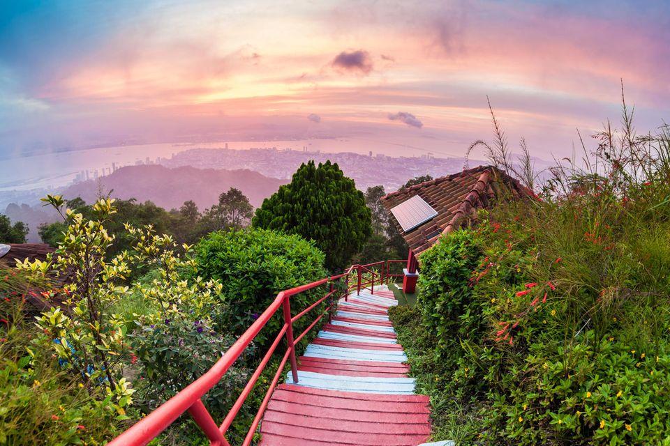 Ausblick auf George Town von Penang Hill