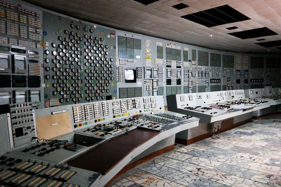 Schaltraum im Kraftwerk von Tschernobyl