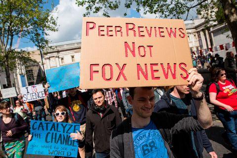 Begutachtete Fachveröffentlichungen statt Fox News: Kritiker werfen dem Sender Desinformation vor - auch zum Thema Klimawandel